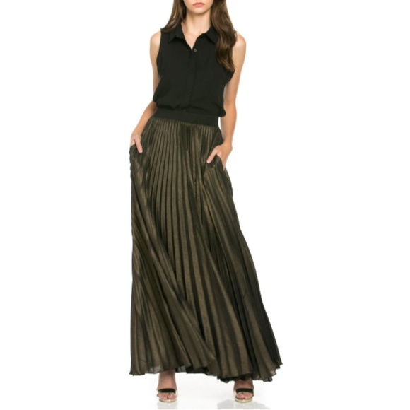 TOV Holy Dresses & Skirts - Gold Pleated Maxi Skirt